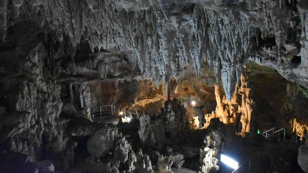 石垣島鍾乳洞の内側