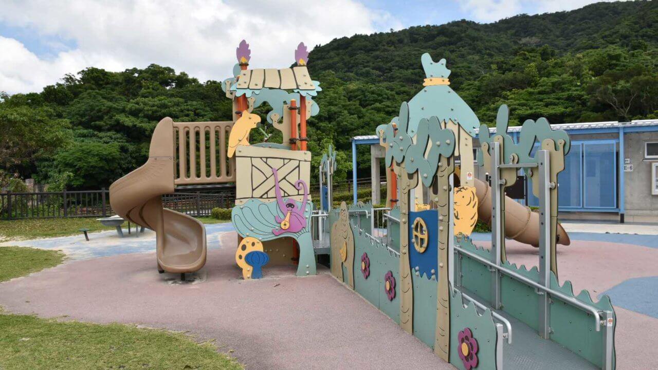 バンナ公園幼児向け遊具