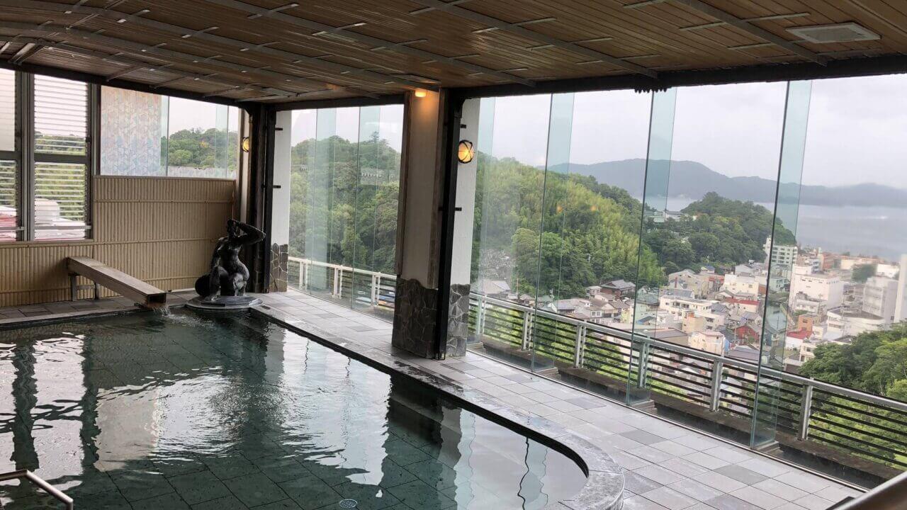三重県の旅館扇芳閣の大浴場