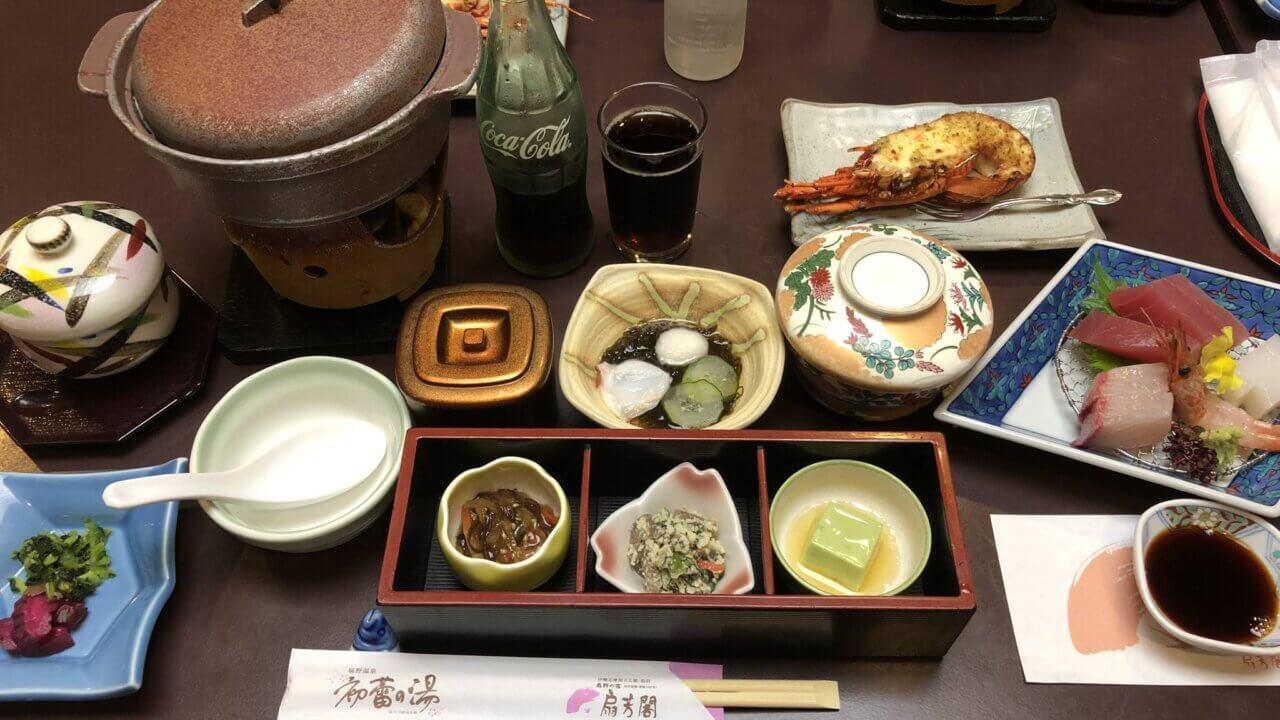 三重県の旅館扇芳閣角の夕食